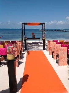 Palace Resort wedding on the beach