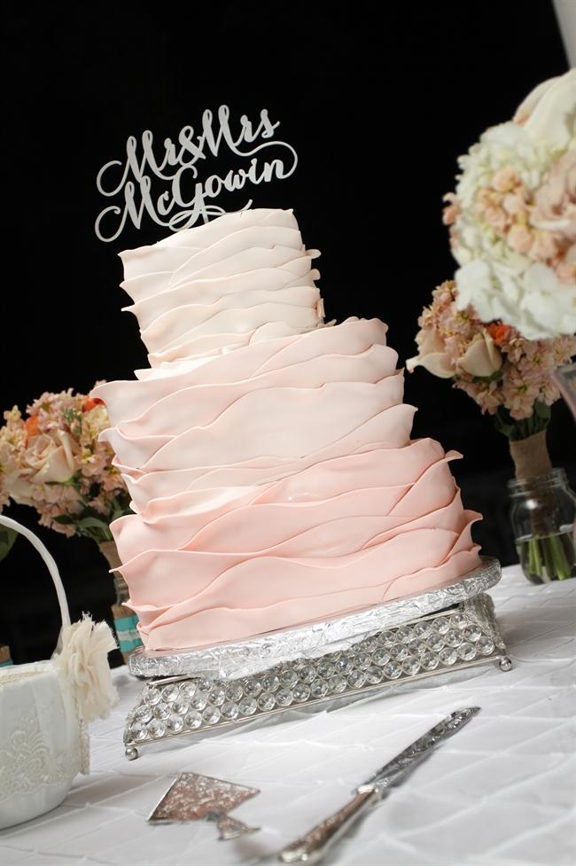 wedding_cake_bouquets