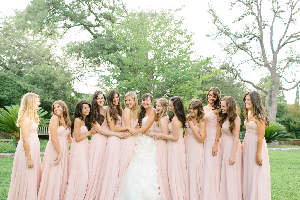 bridal_party_laughing
